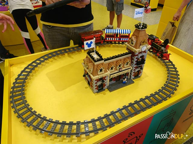 train disney lego
